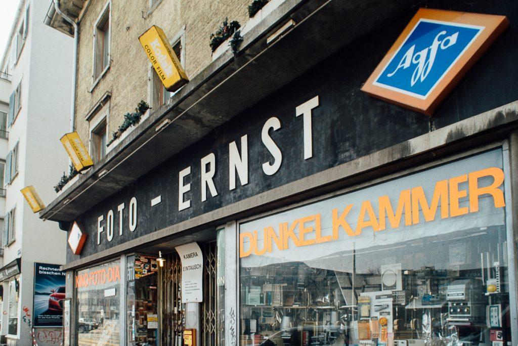 Foto Ernst Ladenfront 1